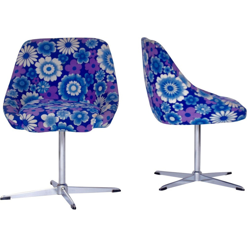 Set of 2 vintage swivel chairs 1970