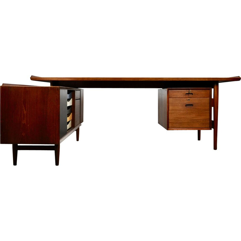 Vintage scandinavian desk for Sibast in teak 1950
