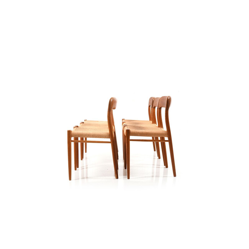 Set of 6 teak chairs by Niels O. Moller