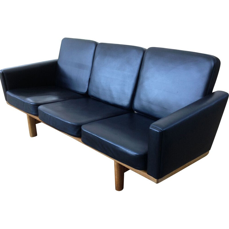 Vintage H.J.Wegner 2363 sofa for Getama in black leather