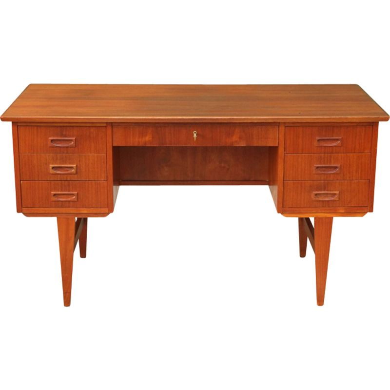 Vintage scandinavian desk in teak from the 60s