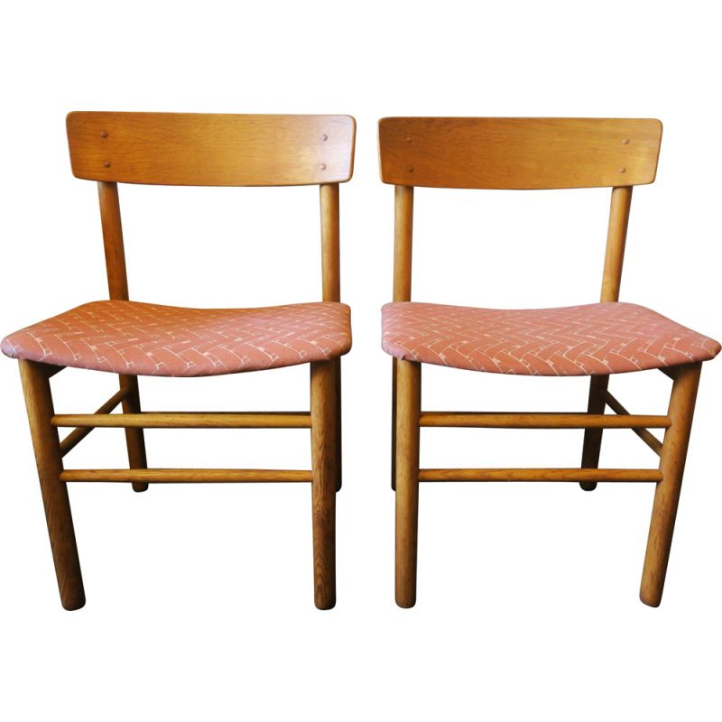 Pair of J39 chairs by Børge Mogensen for Farstrup