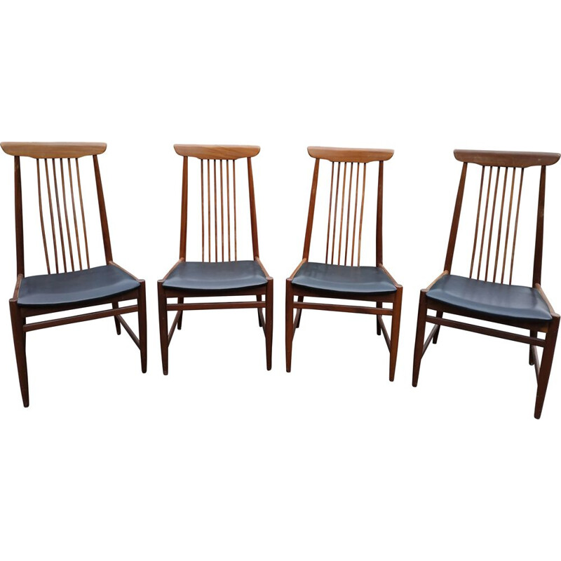 Set of 4 vintage chairs, Scandinavian, from the 1960