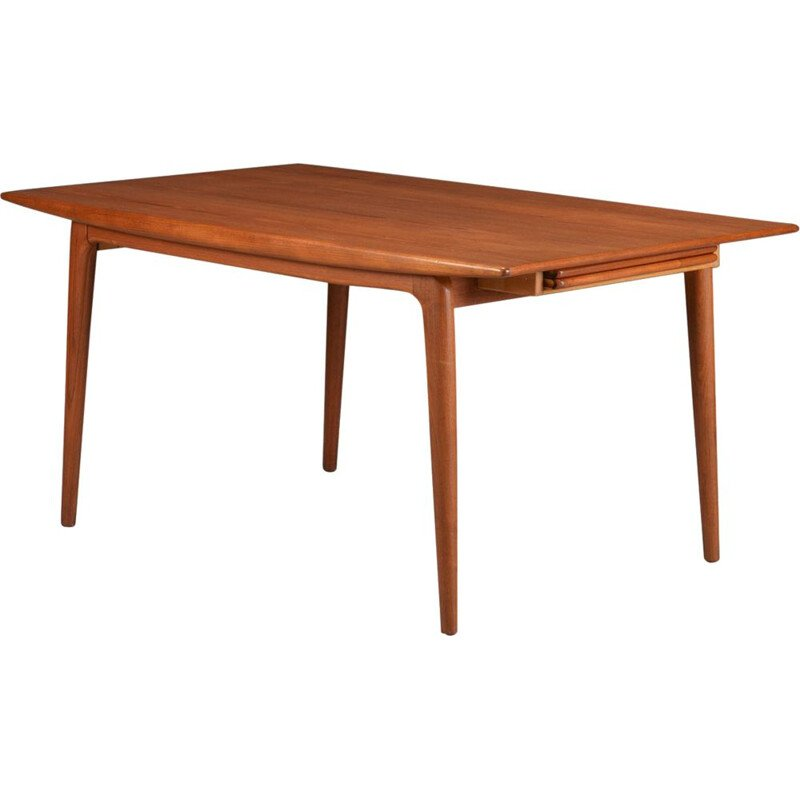 Vintage 371 teak dining table by Alfred Christensen