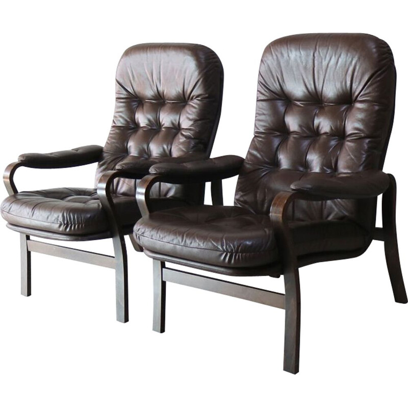 Pair of Danish armchairs in brown leather