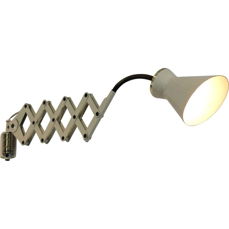 Vintage extensible Italian wall lamp scissors  by Stilnovo in brass and vanilla lacquered, 1950