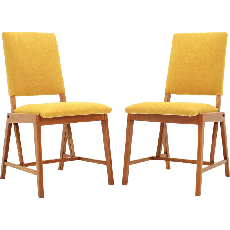 Pair of yellow chairs in beechwood by GHG
