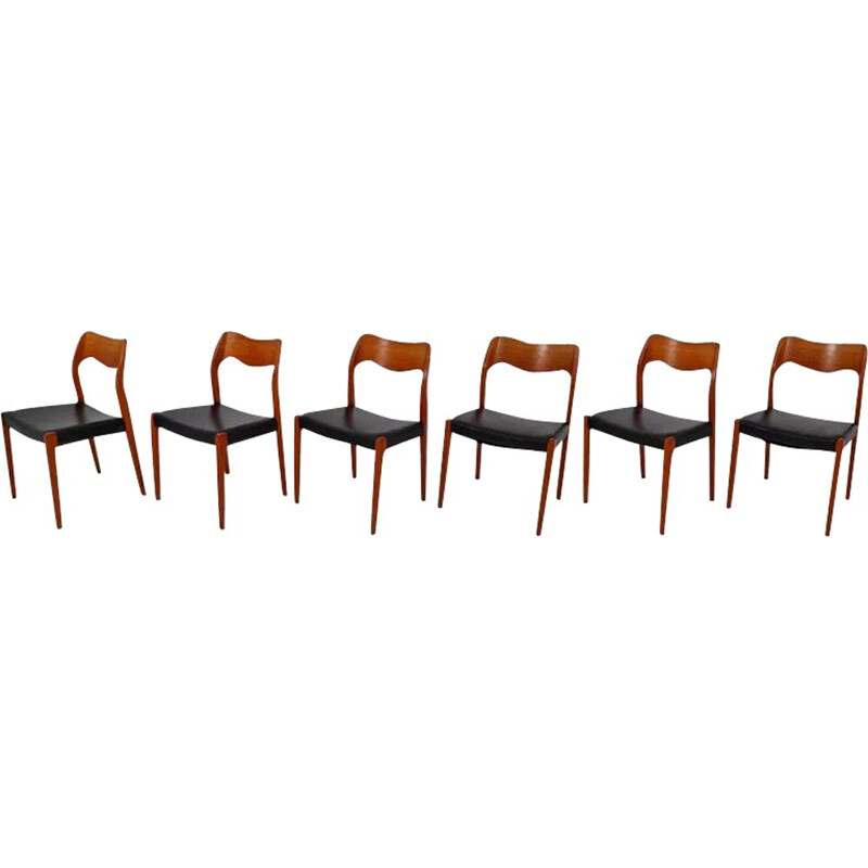 Set of 6 black chairs by Niels O. Møller, model 71