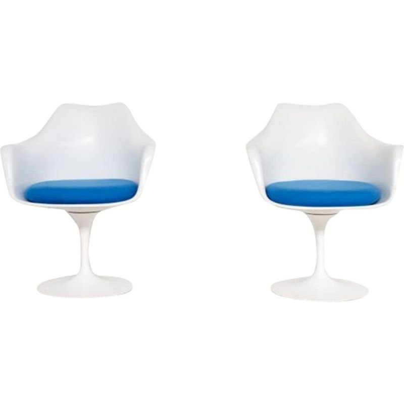 "Vintage Pair of ""Tulip"" chairs by Eero Saarinen for Knoll,1970"