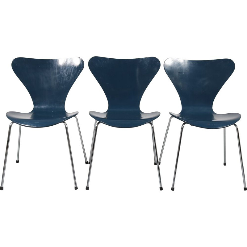 Vintage Butterfly blue chair for Fritz Hansen in plywood and metal 1970s