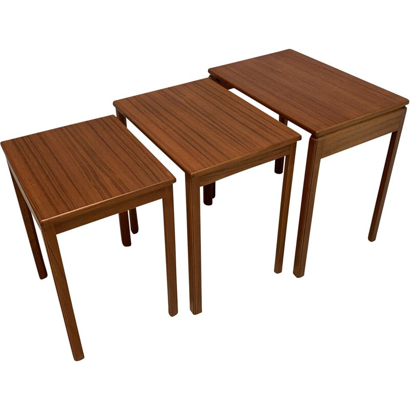 Vintage english nesting tables in teak 1960