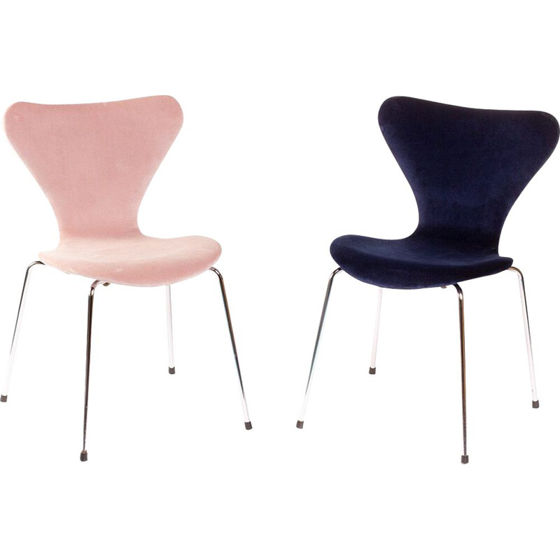 Set of 2 Vintage chairs Butterfly 3107 by Arne Jacobsen for Fritz Hansen, 1980s