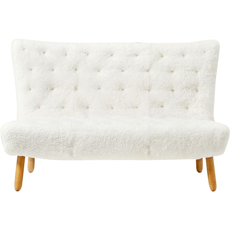 Vintage Clam sofa by Arctander in white sheepskin and beechwood 1950