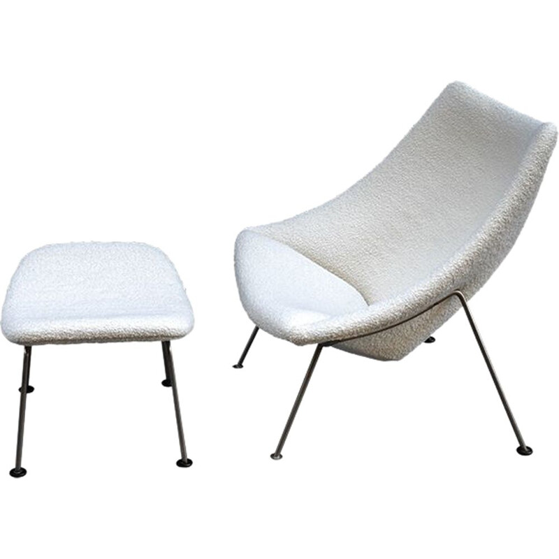 Vintage Armchair Oyster with its foot stool by Pierre Paulin