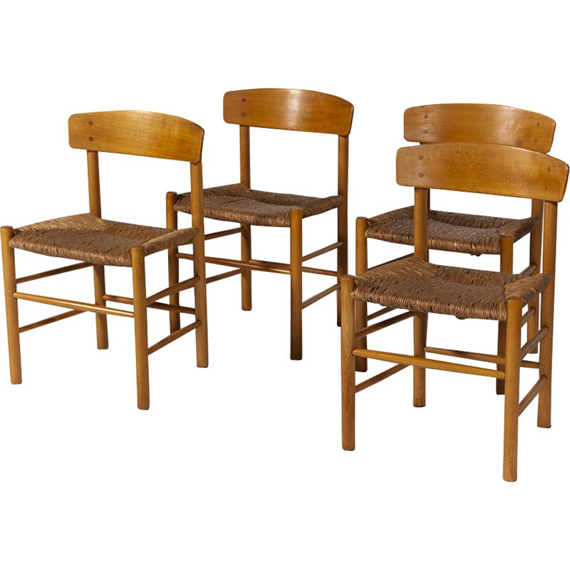 Set of 4 vintage J39 chairs for Fredericia in beechwood and straw 1960