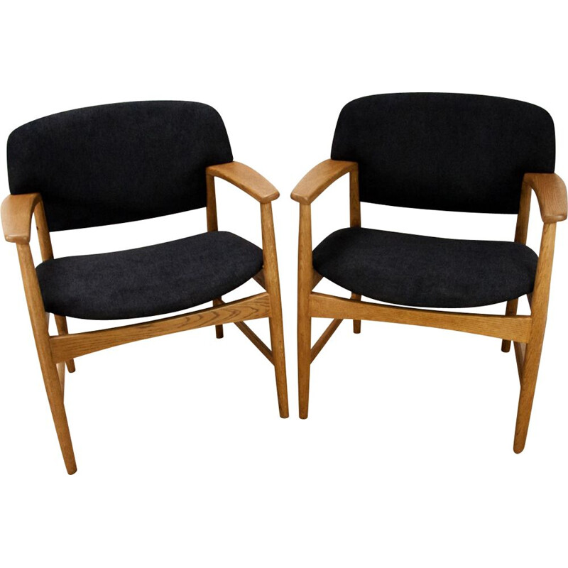 Set of 2 vintage armchairs in black fabric and oakwood 1960
