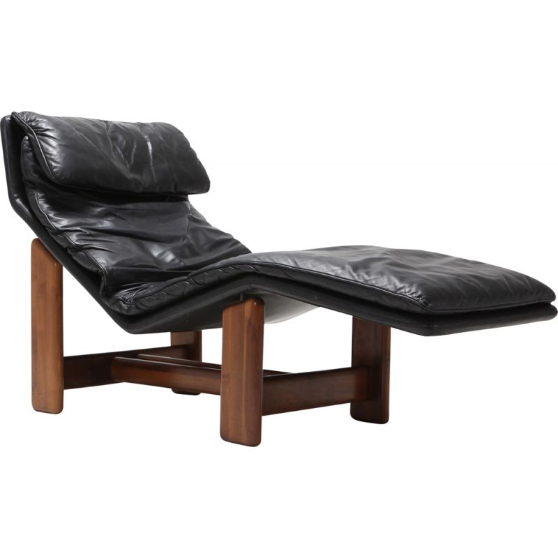 Vintage black leather and walnut armchair for Afra & Tobia Scarpa 1980