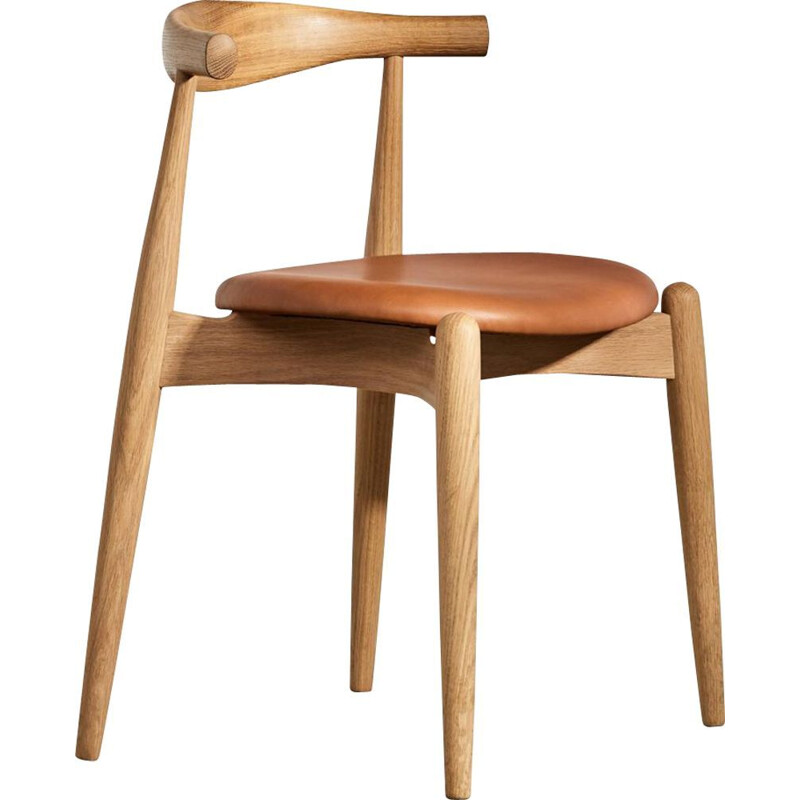 """Elbow chair"" or ""CH20"" leather chair by Hans J. Wegner for CARL HANSEN & SON"