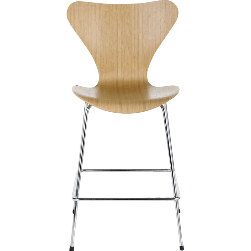 """Serie 7"" or 3197 stool by Arne Jacobsen for FRITZ HANSEN"