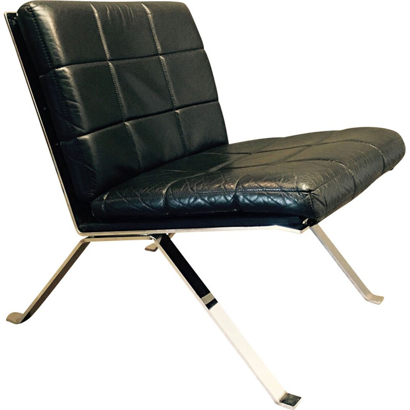 Vintage armchair in black leather by Hans Eichenberger 1960