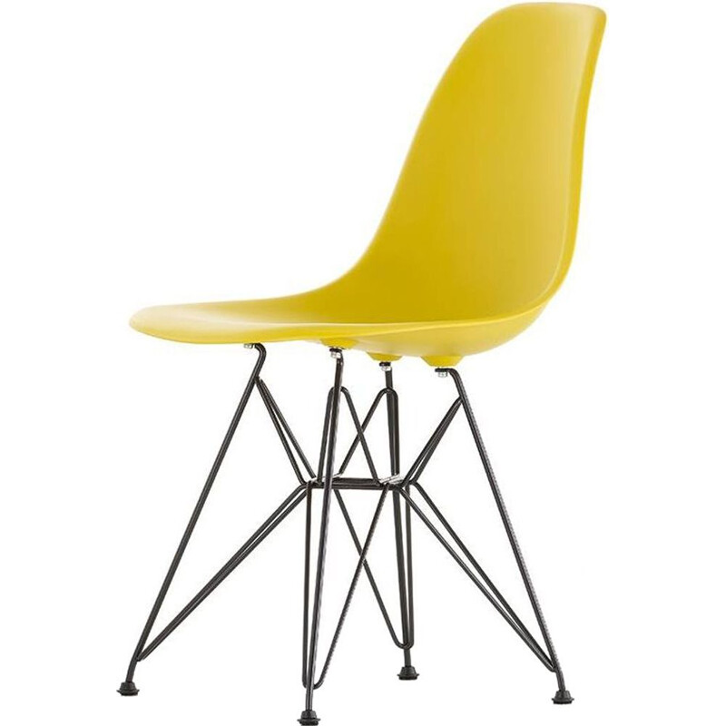 """Plastic Chair DSR"" by Charles and Ray Eames for VITRA"