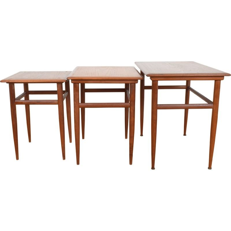Set of 3 vintage danish nesting tables in teakwood 1960