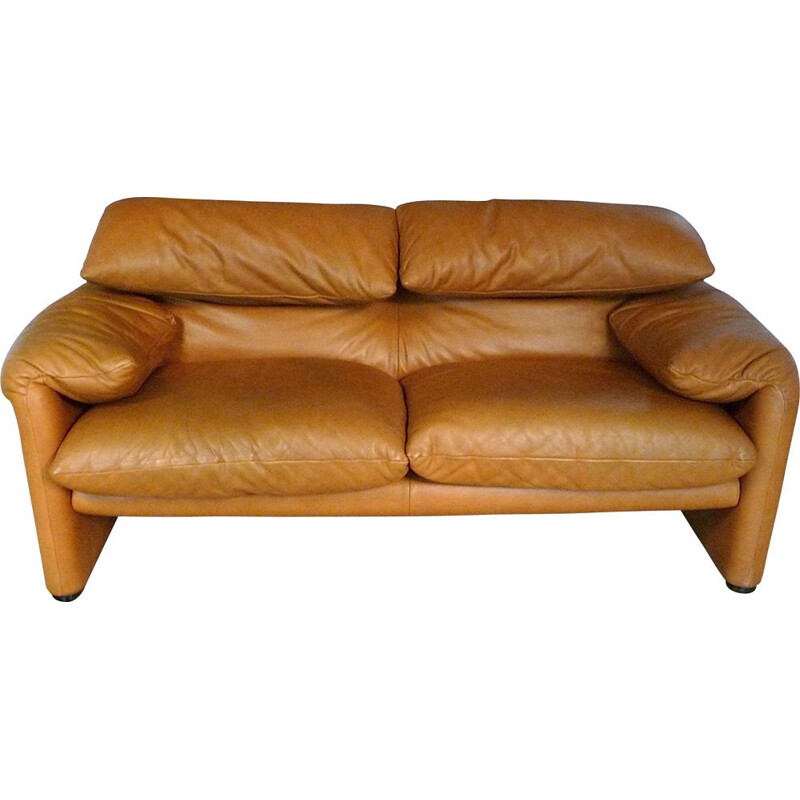 Vintage Maralunga 2 seater leather sofa by Vico Magistretti for Cassina