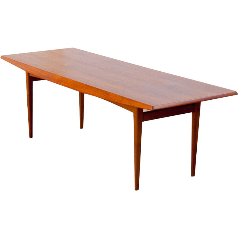 Vintage coffee table with spindle base, 1960