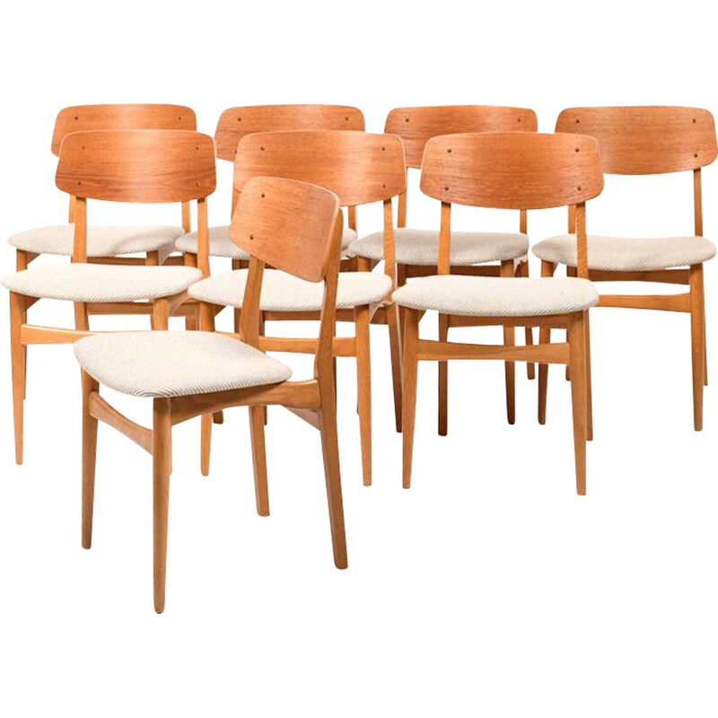 Set of 8 vintage danish chairs in teak and oak 1950