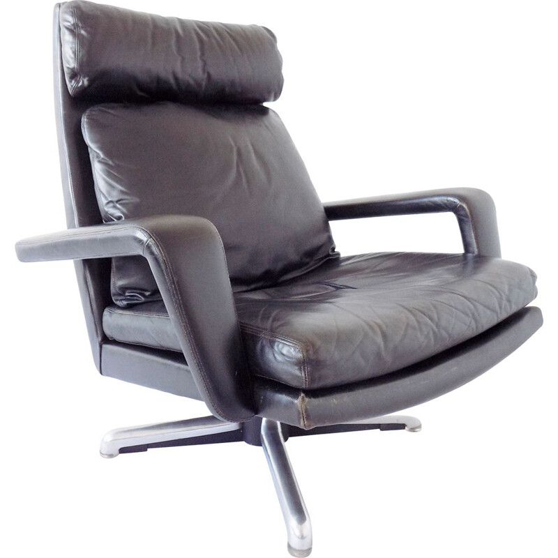 Vintage black armchair by Hans Kaufeld