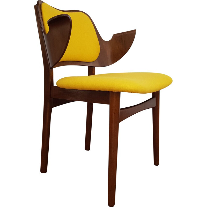 Vintage armchair yellow model 107 by Hans Olsen 1960