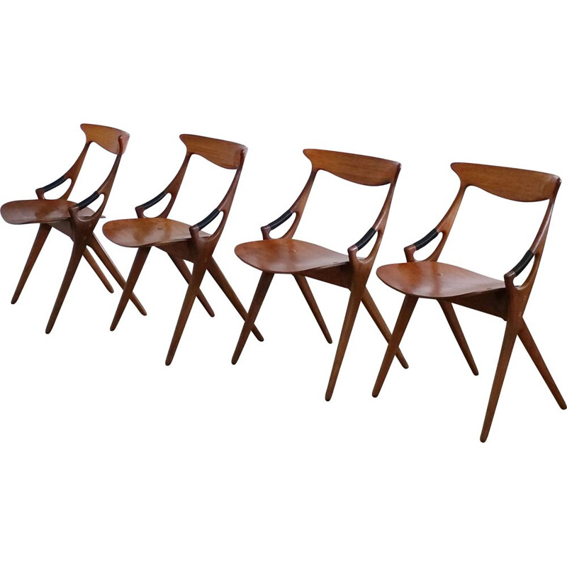 Set of 4 vintage chairs in teak model 71 by Arne Hovmand Olsen for Mogens Kold Denmark 1950s