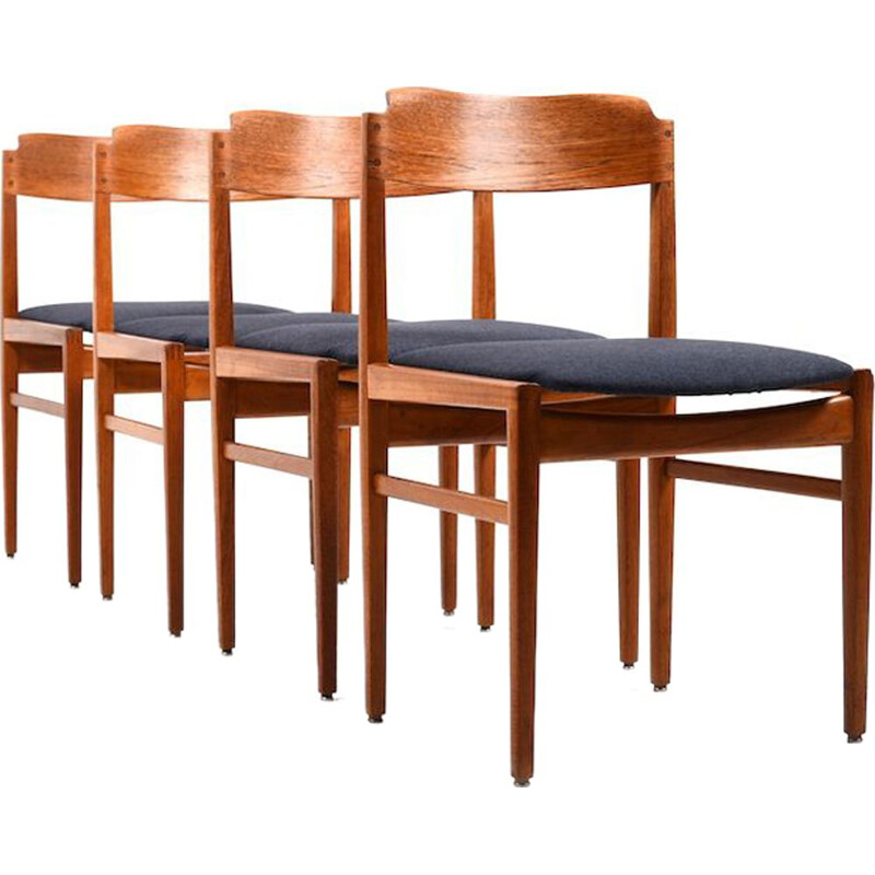 Set of 4 Danish dining chairs in teak