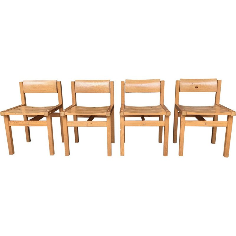 Set of 4 vintage chairs TRYBO