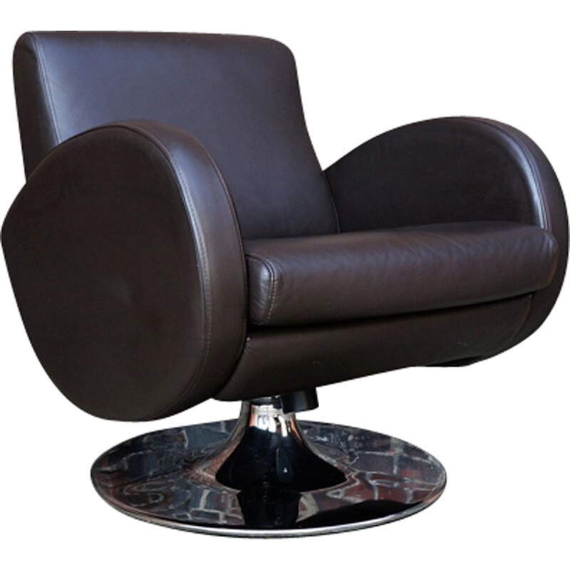 Design lounge armchair in chocolate leather