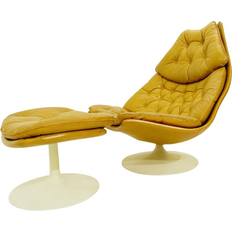 Set of vintage F588 armchair and footrest for Artifort in beige leather 1960