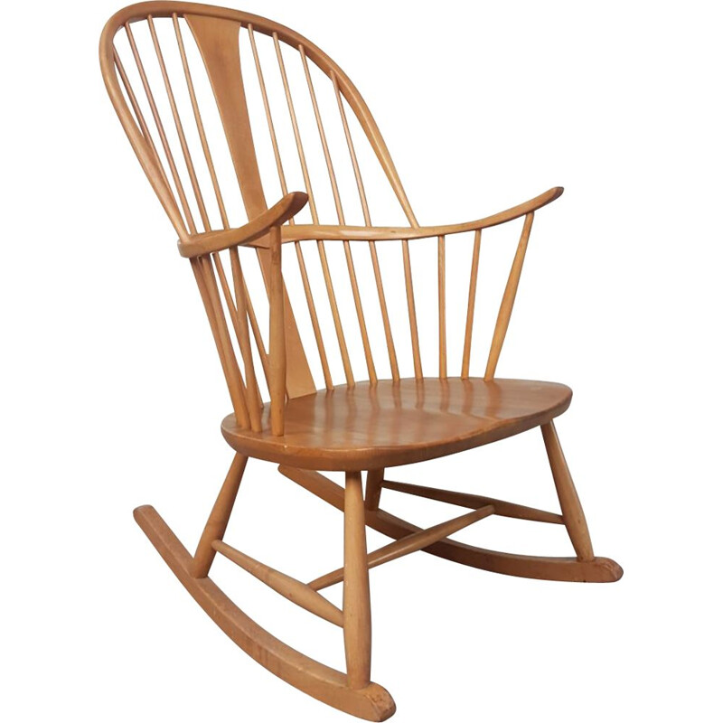 Vintage elm tree Rocking Chair by Ercol 1970