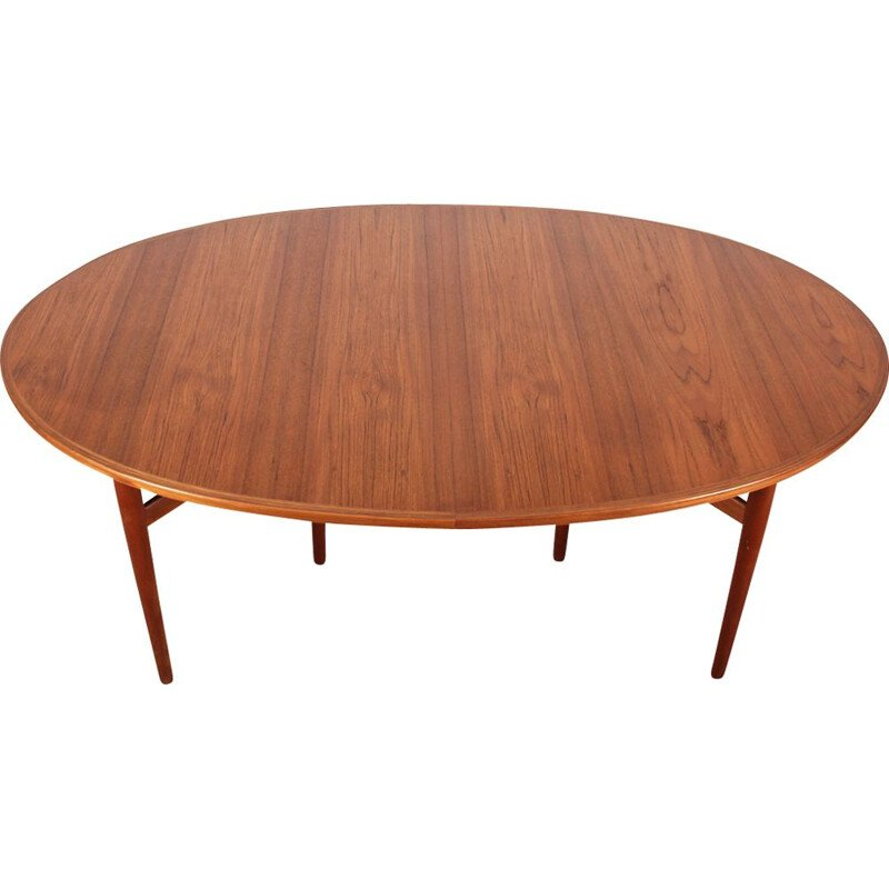 Vintage dining table model 212 Scandinavian teak by Arne Vodder for Sibast Furniture 1950s