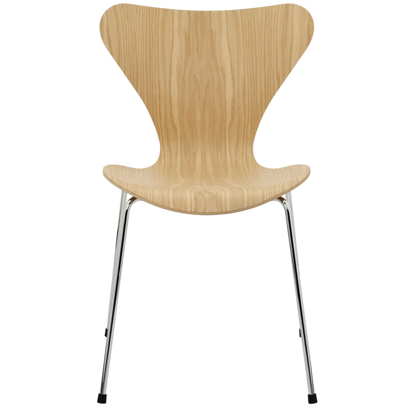"""Serie 7"" or 3107 chair, by Arne Jacobsen for FRITZ HANSEN"
