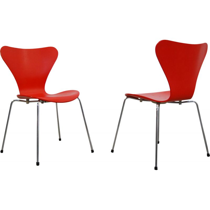 Set of 2 vintage chairs Butterfly model 3107 by Arne Jacobsen for Fritz Hansen, 1996