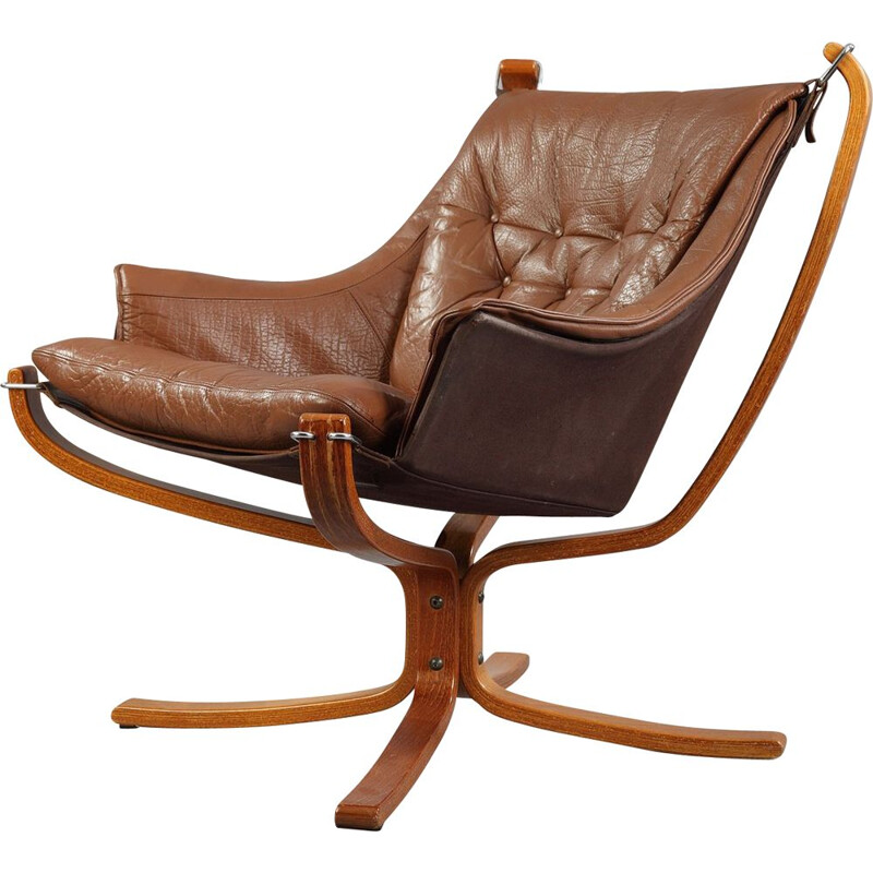 Falcon armchair in brown leather by Sigurd Ressell