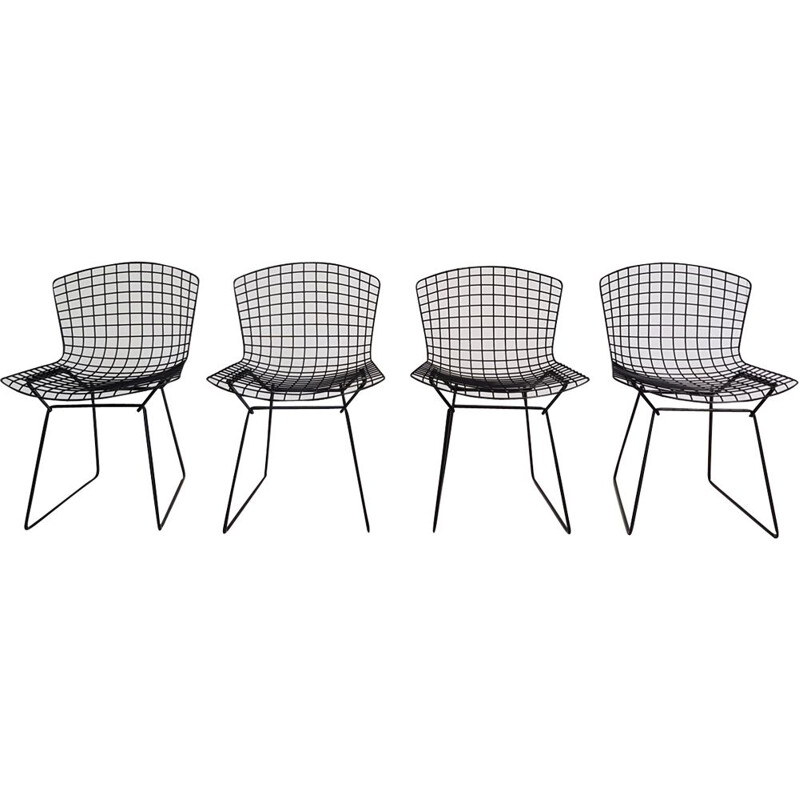 Set of 4 vintage chairs for Knoll in black metal 1970