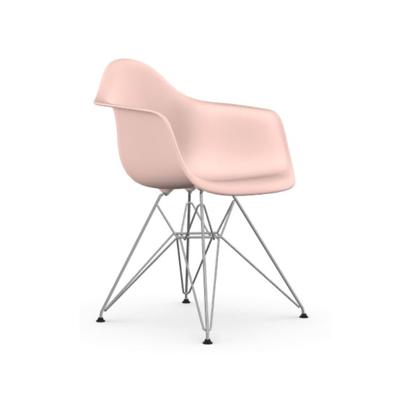 """""""Plastic Armchair DAR"""" by Charles and Ray Eames for VITRA"""