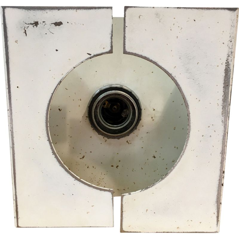 Wall lamp OXAR in white steel lacquer  with geometric 1970