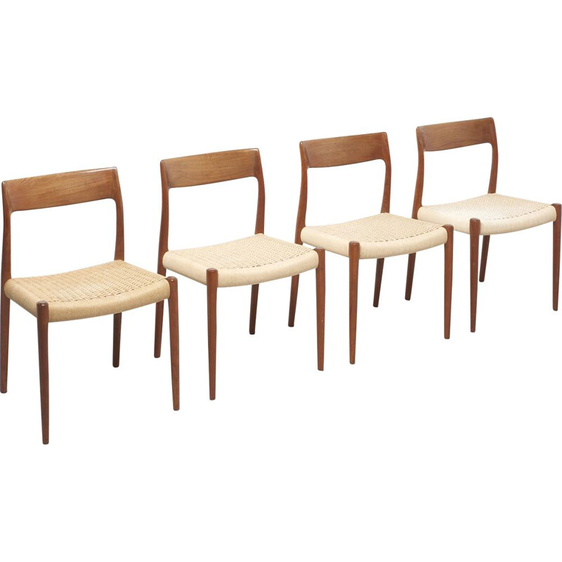 Set of 4 vintage model 77 chairs for Møller in papercord and teakwood 1950