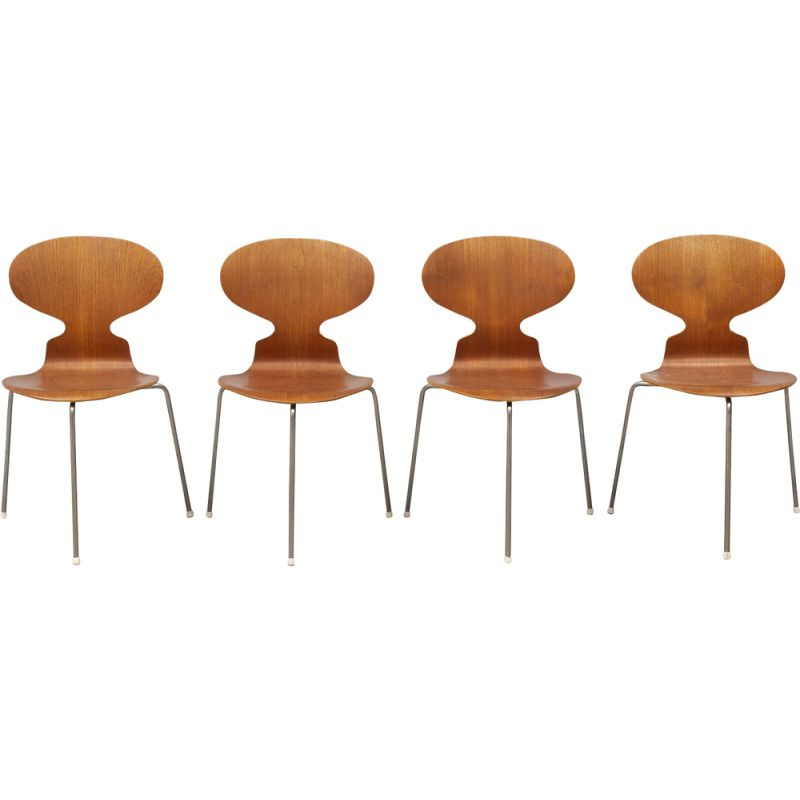 Set of 4 vintage chairs Ant by Arne Jacobsen