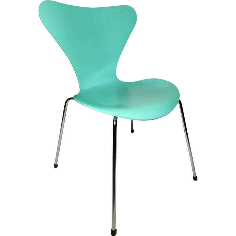 Vintage Chair series 7 by Arne Jacobsen Fritz Hansen Edition