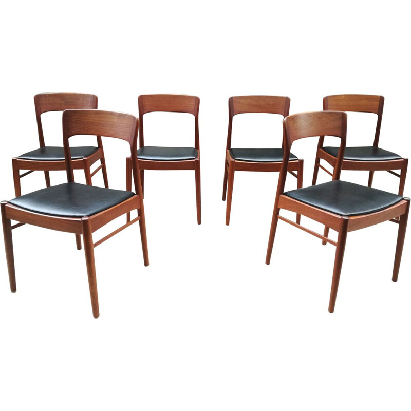 Set of 6 vintage teak chairs by Henning Kjaernulf