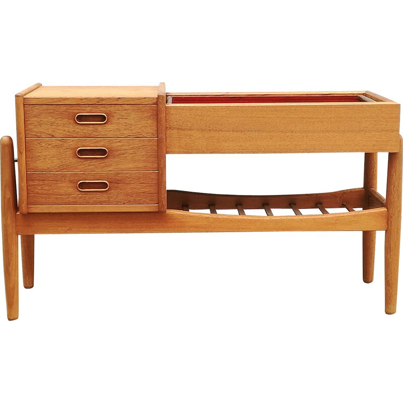 Vintage chest of drawers in teak with planter by A.W. Iversen for Vinde Møbelfabrik, 1960