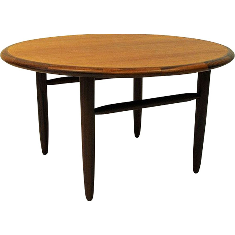 Vintage coffee table round in teak by Aase Dreieri Norway 1958